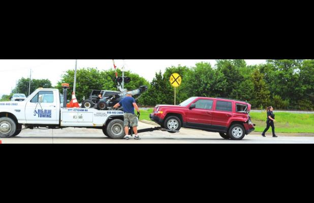 Two-vehicle incident slows traffic on 1-69 in Oologah